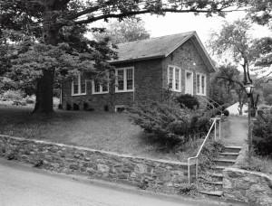 09_1970-06-12_STHS_Schoolhouse