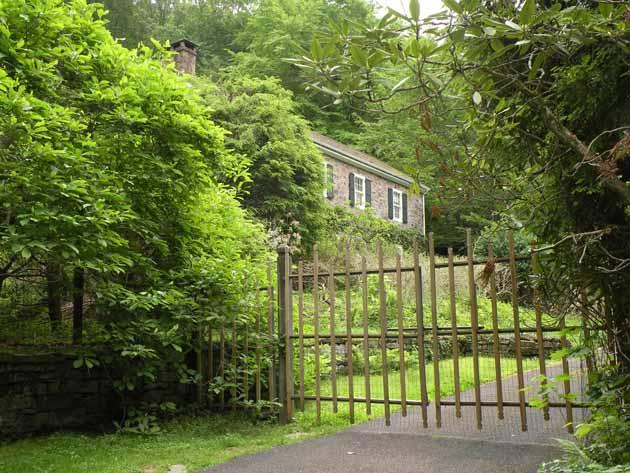 John E. Kenderdine house